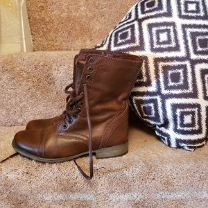 Steve Madden Shoes - Steve Madden brown combat and moto boots